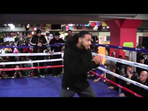 Keith Thurman WOWS Crowd Shadowboxing in Street Clothes Image 1