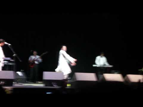Kamal Heer - Pendu Jatt Live 2010 **hd** video