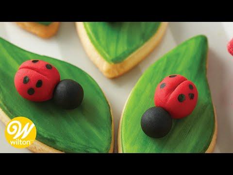 How to Make a Fondant Ladybug | Wilton