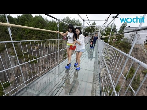 Glass Walkway Cracks Under Tourists' Feet in China