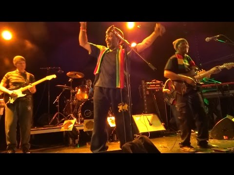 Capital Letters - Smoking My Ganja - Live in France @ Canal 93 03.04.15