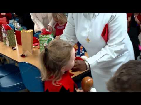 Villa Maria Teresa - Christmas 2010 - Kindergarten Program - post-show I
