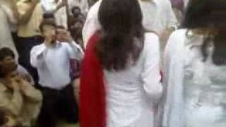 Dancing Girls of NUML on Basant fastibal2008 - Desis