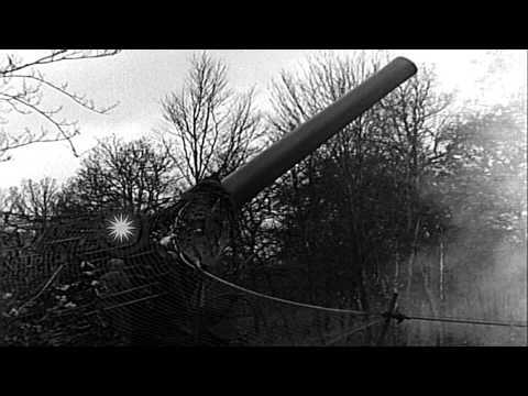 U.S. artillerymen firing 240mm howitzer and 8-inch gun M1 near Bitschhofen, Germa...HD Stock Footage