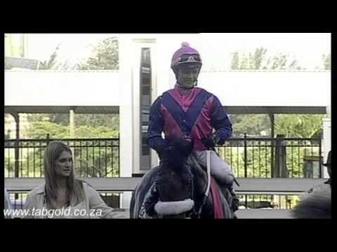 Vidéo de la course PMU DAILY NEWS 2000