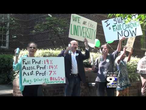 UO Faculty Rally for Settlement with Administration