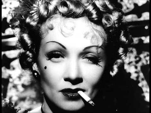 Marlene Dietrich - Auf Der Mundharmonika