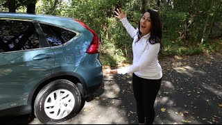 Honda How To | Honda Laura Changes a Flat Tire