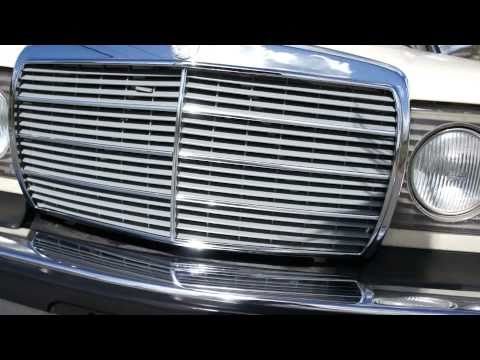 1979 Mercedes Benz 240D Diesel 4 speed Manual