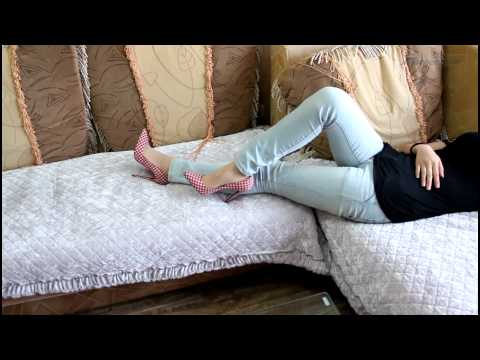Chinese Sexy Heels And Stocking Feet video