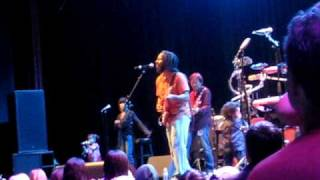 Three little birds  Ziggy Marley.AVI