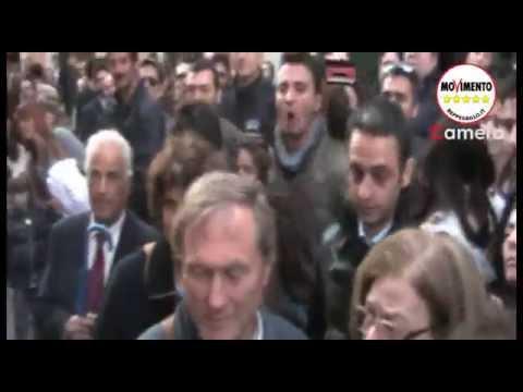 """20/4/2013 Quirinale, Giovanardi (Pdl) alla piazza""""Fascisti"""""""