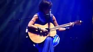 Download sandy lam concert 2012..sandy playing and sang!!crying in the rain 3Gp Mp4