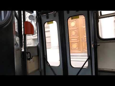Utazás egy fekete kapaszkodós Ikarus 280T (246) trolival a 75-ösön