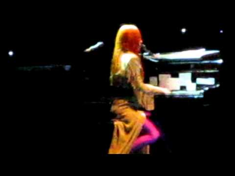 TORI AMOS, BABY ONE MORE TIME, COVER OF BRITNEY SPEARS