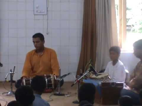 Dholki Class In Pune-swar-taal Sadhana`s Student Akshay Shevde Playing Dholki Toda video