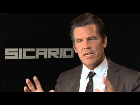 Josh Brolin on the irritating levity on set of 'Sicario'