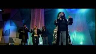 Watch Cece Winans Anybody Wanna Pray video