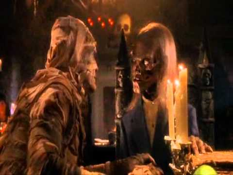 Tales from the crypt : Bordello of blood - part 1/6 HD