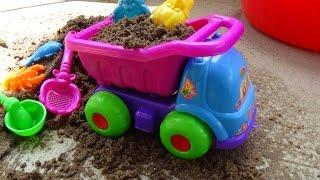 Car toy play set Xe ô tô đồ chơi cát 자동차 장난감 車のおもちゃ игрушка автомобиля Kid Studio