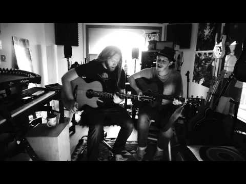 Newton Faulkner & Sam Brookes cover of Daft Punk - Get Lucky