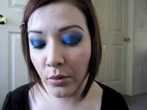 Ojos Ahumados en Azul y Negro