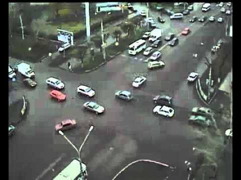 Авария в Воронеже на камеру видеонаблюдения