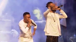 HUMBLESMITH AND PHYNO PERFORMING OSINACHI AT PHYNOFEST.