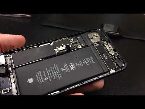 iPhone 7  внутри вода! где герметичность?!