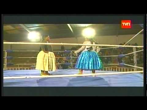 Las Cholitas Luchadoras (Lucha Libre Boliviana)