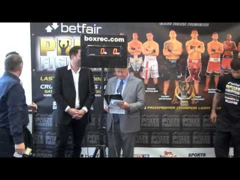 SHANE McPHILBIN v NATHAN OWEN WEIGH IN & HEAD 2 HEAD PRIZEFIGHTER CRUISER WEIGHTS / iFILMLONDON