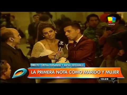 Vestidos de novios, Cinthia Fernández y Defederico se casaron por civil