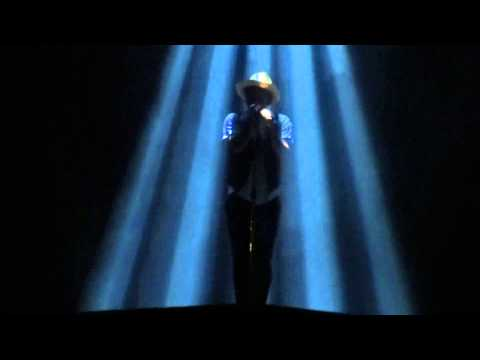 Bruno Mars - Gorilla Live At Allphones Arena Sydney 10 03 14 video