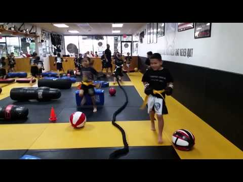 Kids obstacles warm up