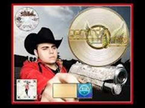 Corrido Mix De Gerardo Ortiz 2012