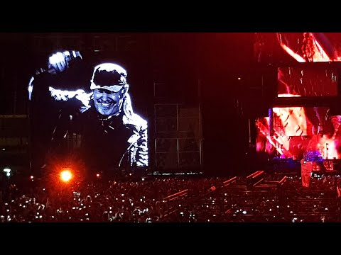 Download Vasco Rossi - Vasco Live 2018 Mega Mix Vasco Non Stop Live Mp4 baru