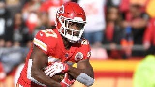 Kareem Hunt Shines As Chiefs Beat the Raiders | Stadium