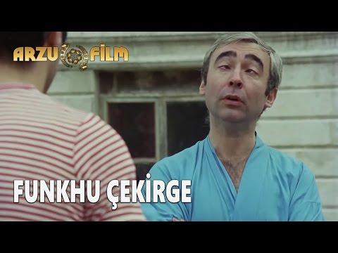 Eski Filmler - Hababam Sınıfı Tatilde - Funkhu Çekirge