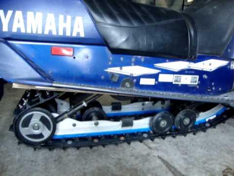 Yamaha Snowmobile  2000  SXR 700 Triple. Suspension Had Broken Swing Arm and Slide Rails Were Toast.