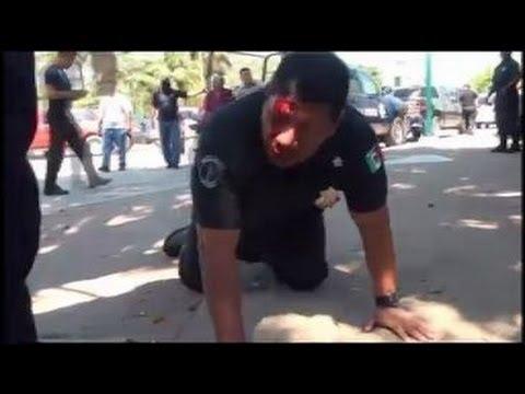 Video- Un subjefe de policía, linchado por corrupto por sus propios subordinados