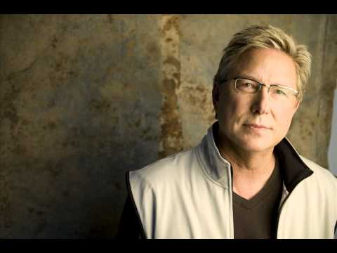 Bueno Es Dios - Don Moen video