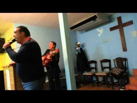 Hermano chispa en la iglesia de llama viva (galapagar)