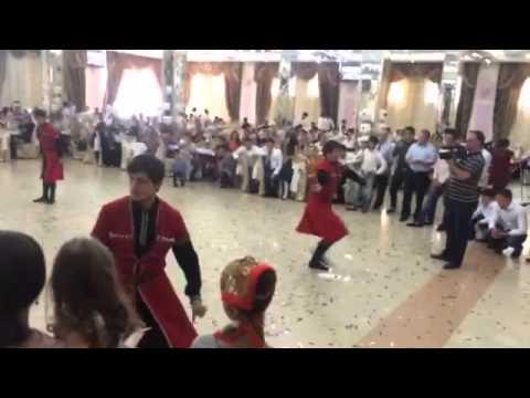 Молодость Кавказа, ватан  -  Произвольный танец