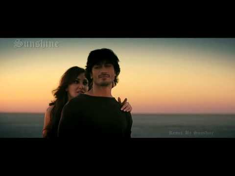 Arabic Hindi Remix Of Hindi Song From Movie Commando 2013 video