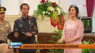 Cerita Di Balik Aksi Bagi Bagi Sepeda Oleh Jokowi