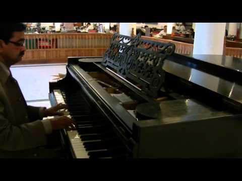 Beeti na bitai raina by Pianist Gulrez Deen Unplugged Lucknow...