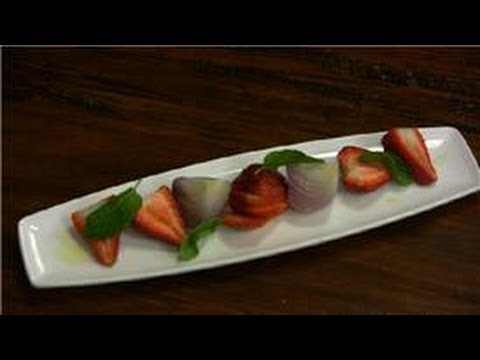 Food Creations : Strawberry & Onion Salad