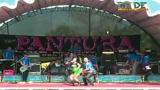 Ririn Kecil PANTURA live in Demak Terbaru HD l Keloas -  Goyangan Dahsyat Bokong Dipegang