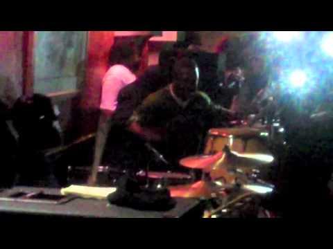 2/11/2012 Junkyard Band ft. GOGO Mickey @ Club Elite