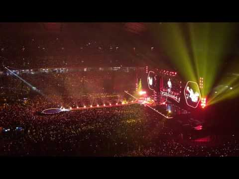Coldplay  - Fix You LIVE  Singapore  31st March 2017